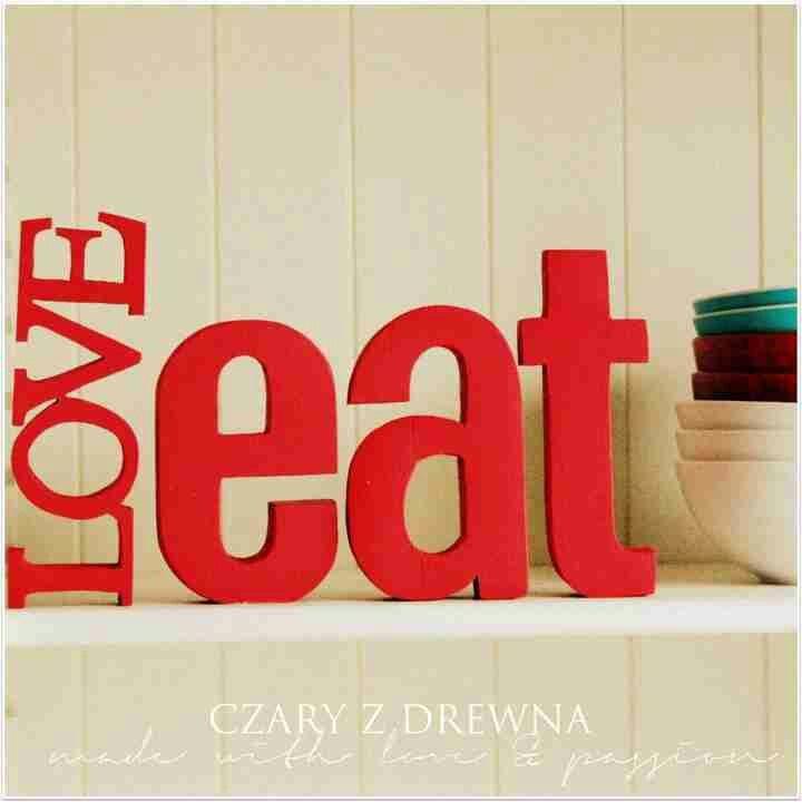 Kitchen decor in red #wodeenletters #loft #shabby #letters #name   #czaryzdrewna