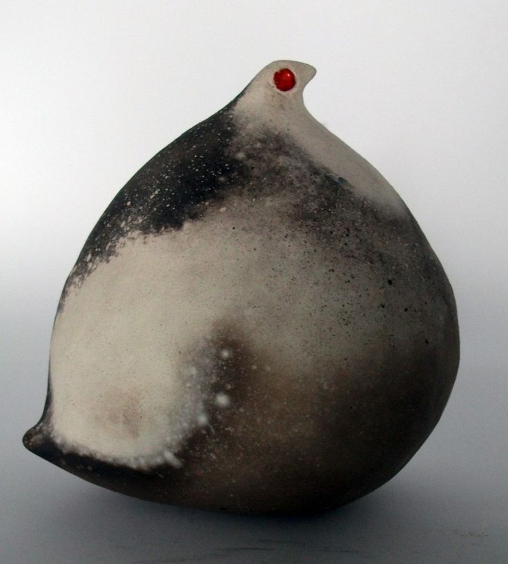 Anna Keiller. Fat-Birds Collection: The Self Contained Hen