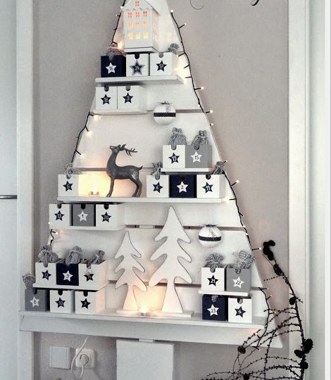 Click Pic - 30 Christmas Tree Decorating Ideas - Christmas Tree Made from Wood Decorations - DIY Christmas Decorations