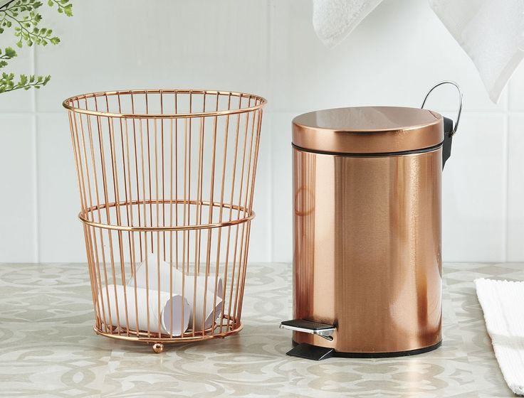 A stylish range of bathroom accessories for all your storage needs, Copper Soho will suit any modern bathroom. Combine this everyday essential range of accessories for a touch of contemporary luxe in your home.