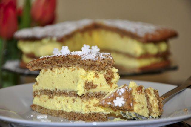 Orechová torta so žĺtkovým krémom