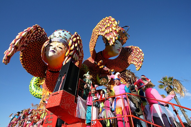 """POTERE IN MASCHERA"" Carnevale in Viareggio 2013!"