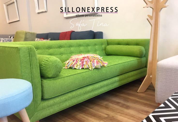 Sofá Sillón Modelo TINA > estilo nórdico y muy canchero, buscalo en STOCK o personalizalo AL MEJOR PRECIO! Foto: 3 Cuerpos 1.90mts tapizado en chenille verde. #sillon #sofa #chenille #pana #3cuerpos #sillonexpress #fábrica