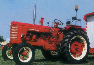 Tractor UTB Universal 530 Tractores