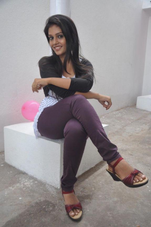 Beauty queen of the film Saravanan Engira Surya