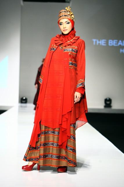Indonesian Dress