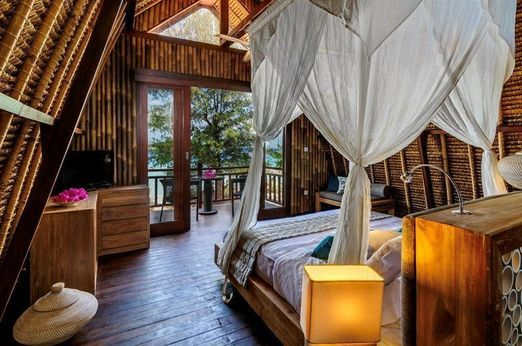 First class: Managed by Karma Royal group that also operates establishments like Karma Kandara in Bali, The Reef have al...