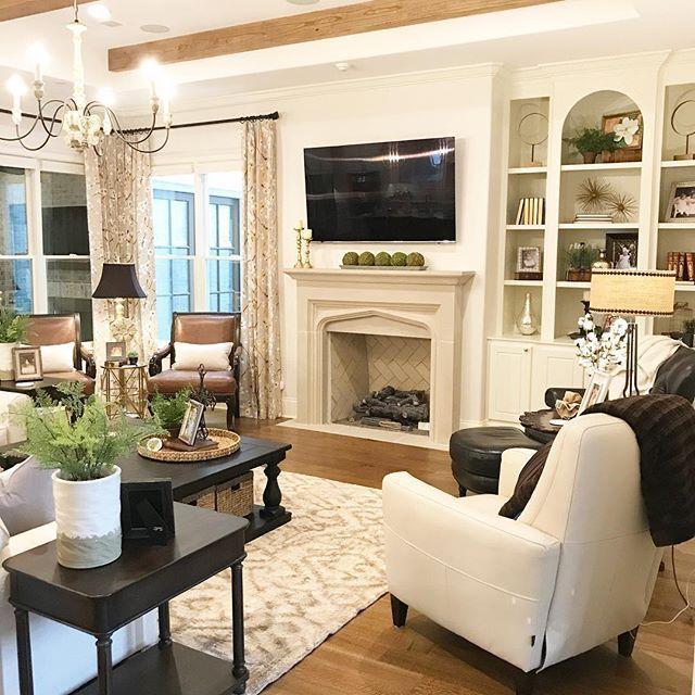 City Hill Design - Living Room Inspiration - HGTV - Best of 2019 ...