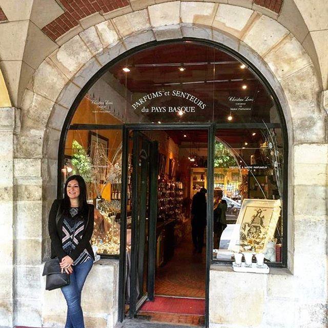 🇫🇷I was so excited to see this perfumery owned by Christian Louis in Place des Vosges 💜 I still have the perfume I bought from here #keepsake #smellssogood . . #christianlouis #parfum #lemarais #placedesvosges #perfume #frenchperfume #thatview #exploreparis #shopping #retailtherapy #sopretty #amazing #paris #breathtaking #thisisparis #instamoments #instaparis #beautiful #picturesque #melbournelifelovetravel #visitparis #france #explore #love #travel #iloveparis #instagood #instatrav...
