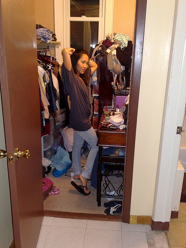How to Organize a Messy Closet in 10 Steps