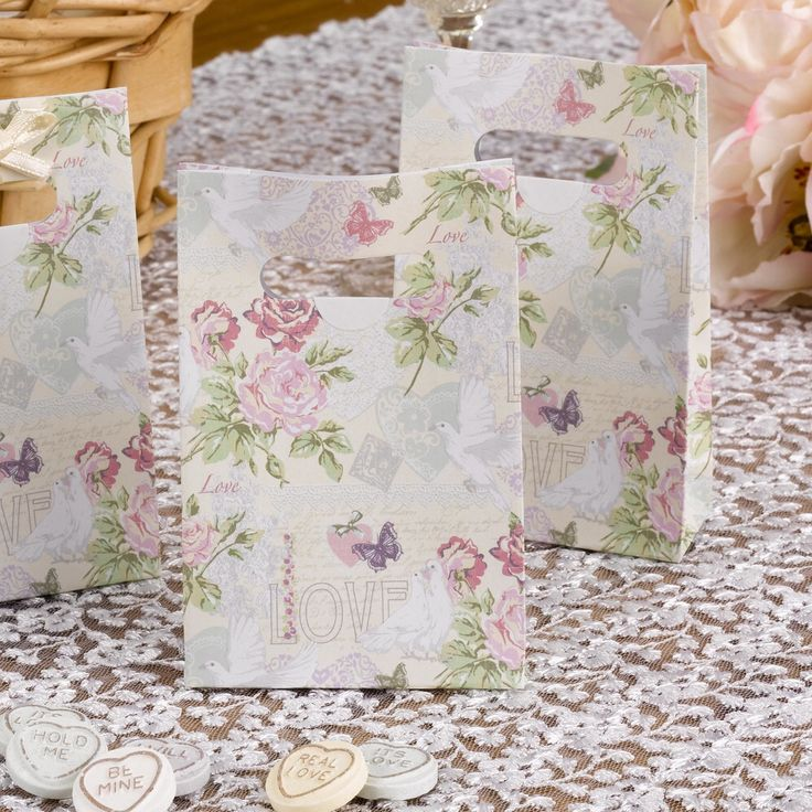 Gorgeous vintage wedding and celebrations favour bags.  Great for presenting sweets and small gifts for vintage weddings and celebrations.  Pack of 10 £4.99 from www.fuschiadesigns.co.uk