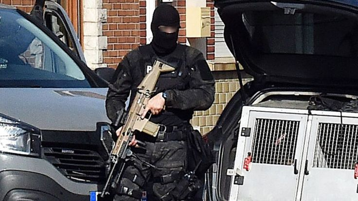 Image copyright                  Getty Images             Image caption                                      French anti-terror police carried out raids in Lille on Wednesday as part of the Belgian operation                               Belgian authorities say at least one... - #Attack, #Belgium, #Brussels, #Fears, #Manhunt, #Prompt, #Raids, #World_News