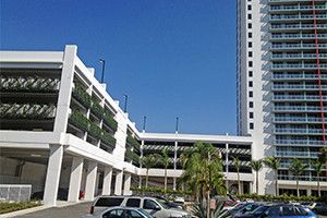 GSky Green Wall Beachwalk Resort