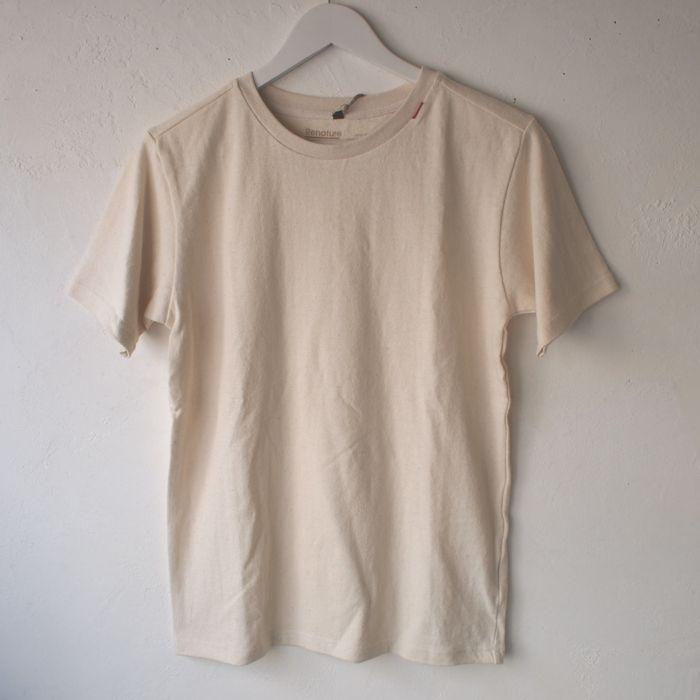 RENATUREのヘンプの無地Tシャツ。頑丈な作りのTシャツです。【RENATURE】オーガニック・ ヘンプ無地Tシャツ・ナチュラル【麻世】