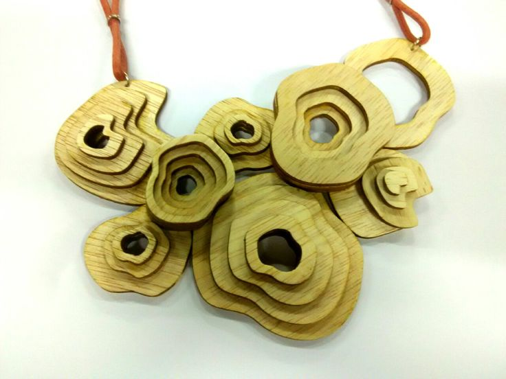 Wood Lasercut bib necklace by Sasrya Virgianto, UPH, Despro 2013, Workshop 2, UTS