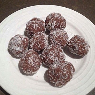 Easy Protein Balls - Cacao - Recipes