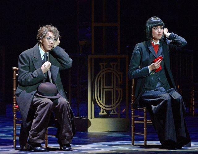 神戸新聞NEXT|連載・特集|Viva!タカラヅカ|スターフォト|2016|月組「グランドホテル/カルーセル輪舞曲」