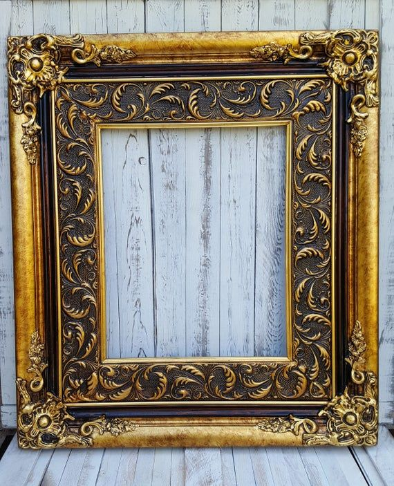 Baroque Style Frame Antique Gold Canvas Frame Photo Picture Etsy Wood Picture Frames Picture On Wood Picture Frame Decor