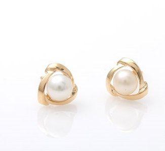 14k Gold Pearl earrings, wedding invitation,gold earrings for women, invitation,tiny earrings,minimal earrings,gold pearl earrings,vtrear-14