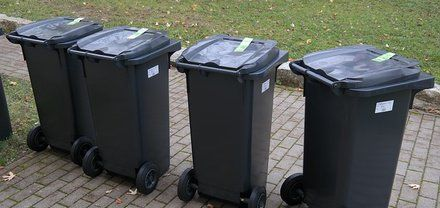 Indiana court says Ray's Trash Service not liable for customer's cart-related injuries | Waste Dive