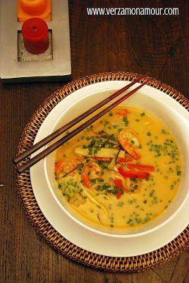 Laksa ai gamberi (zuppa thai al curry e latte di cocco) ~ Ricette di cucina - Le ricette di Verzamonamour.com