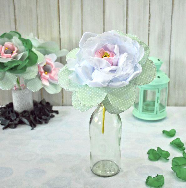 Duże kwiaty na patyku - AgaSam-Kwiaty - Dekoracja stołu