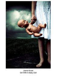 Девочка с куклой - Д. Крузе