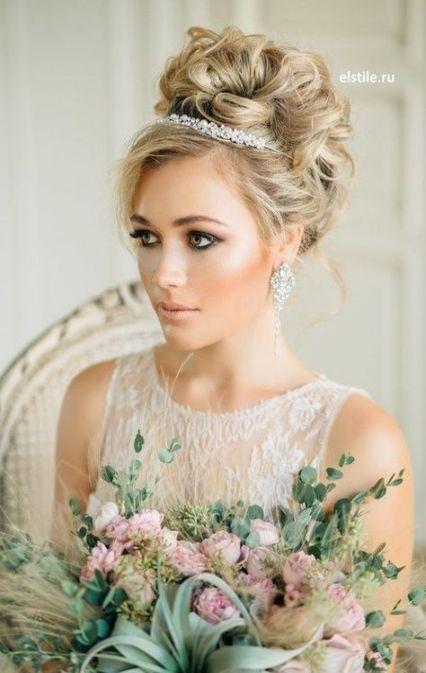 68+ Ideas wedding veils with hair down tiara curls #hair #wedding