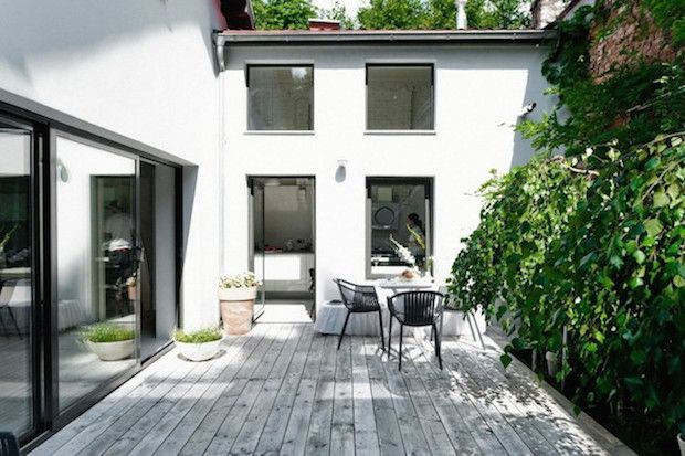 The serene white home of a designer