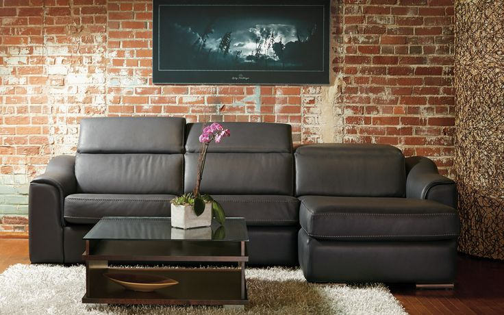 Sectional Rodolfo - Transitional Style - Linea 30 Collection.