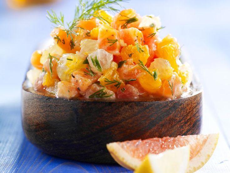 Découvrez la recette Tartare de saumon aux agrumes sur cuisineactuelle.fr.