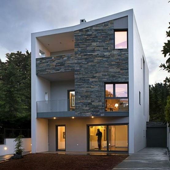 Maison De Style Scandinave Avec Une Torsion Grecque