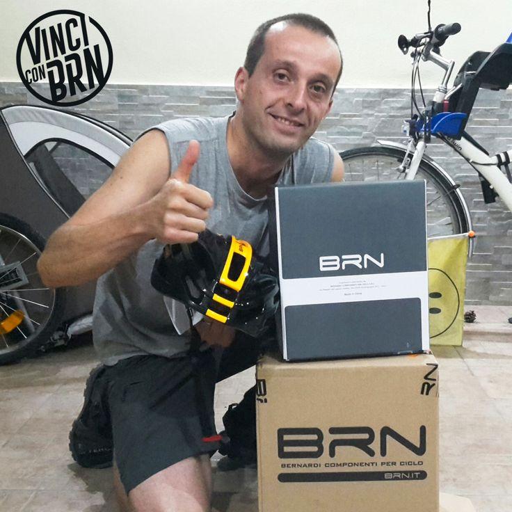 #istantwin #concorso #Pedala e #vinci con #BRN Grazie a #Giovanni da #Milano per la foto assieme al suo nuovo #Casco #Arrow #Helmet. Partecipa e vinci anche tu su www.brn.it/concorsi