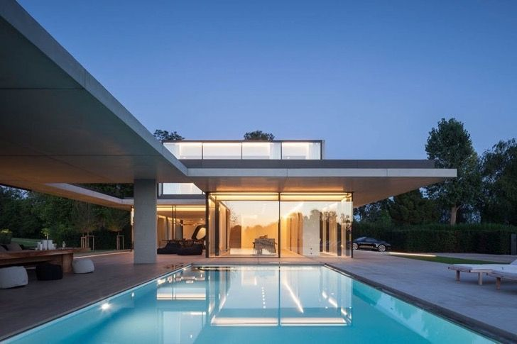 Esta simple casa en Bélgica esconde en su interior la más impresionante arquitectura | Upsocl