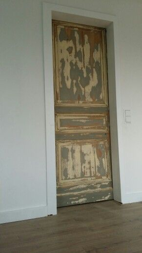 Sliding doors 1930