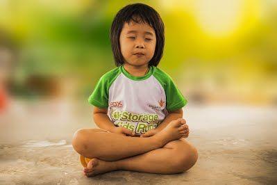Cours et soins à Craponne : Kundalini yoga, reiki usui, meditation, Art-thérapie, chromothérapie, Litho-thérapie,  Accompagnement personnel. Coaching anti-stress et burnout Interventions à domicile, en entreprise.