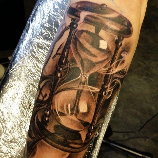 Hourglass tattoo vorlage  107 besten Tattoos Bilder auf Pinterest | Tattoo-Designs, Tatoo ...