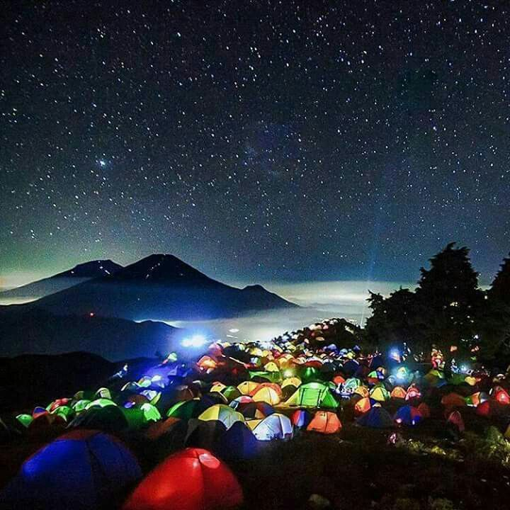 📍 Mount Prau, Dieng, Central Java.  📷 habib farindra