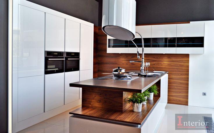 Fronty biały połysk Fornir Orzech amerykański www.meble-interior.pl