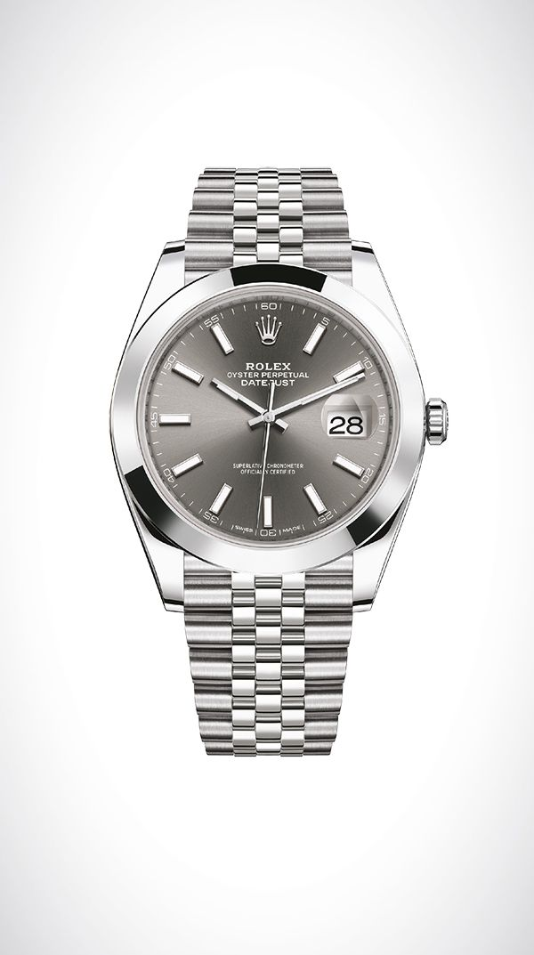 Rolex Datejust 41 in 904L steel with a smooth bezel, dark rhodium dial and Jubilee bracelet.