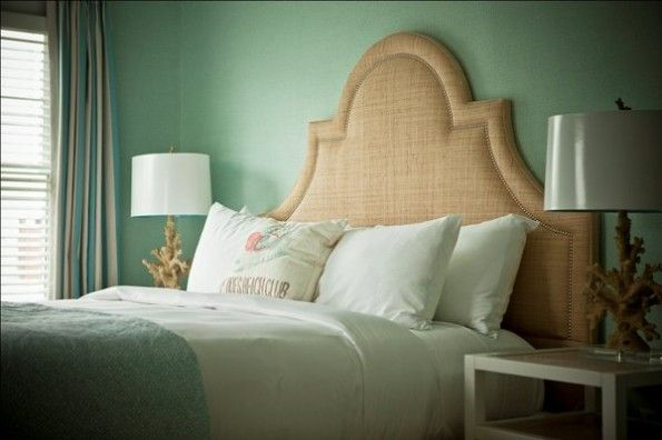 !: Kennebunkport Maine, Green Window, Beachi Bedrooms, Black Bedrooms, Guest Rooms, Green Curtains, Beaches Club, Bedrooms Ideas, Tide Beaches
