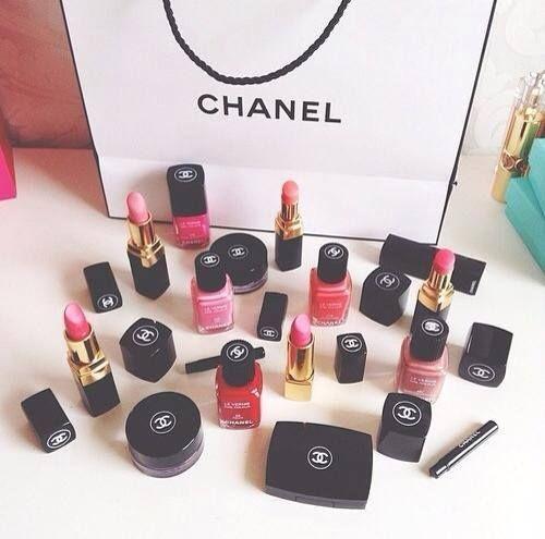 Chanel,smalto,unghie,cocoChanel,lipstick,rossetti,labbra,blush,ombretti,makeup,shopping sfrenato, profumi