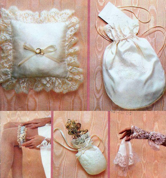 Making A Wedding Garter: Brides Money Bag Pattern Bridal Accessories Fingerless
