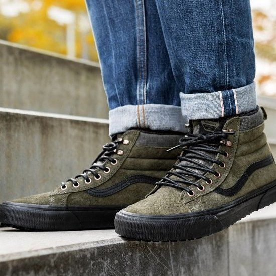 Las Sk8-Hi MTE reinterpretan el legendario diseño de las zapatillas altas de Vans con características de protección fren...