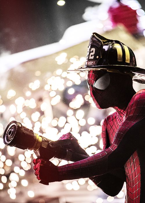 New still of The Amazing Spider-Man 2: Rise of Electro. via : http://mathxsales.tumblr.com/post/68492033288/new-still-of-the-amazing-spider-man-2-rise-of