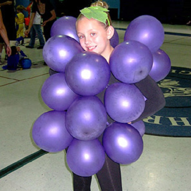 Grape Costume DIY from parents.com. Blow up purple balloons and cutout green felt leaf for head band