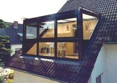 Dakkapel van de buren – bijzondere dakkapellen in onze buurlanden. Vandaag: maximale lichtinval in Duitsland.