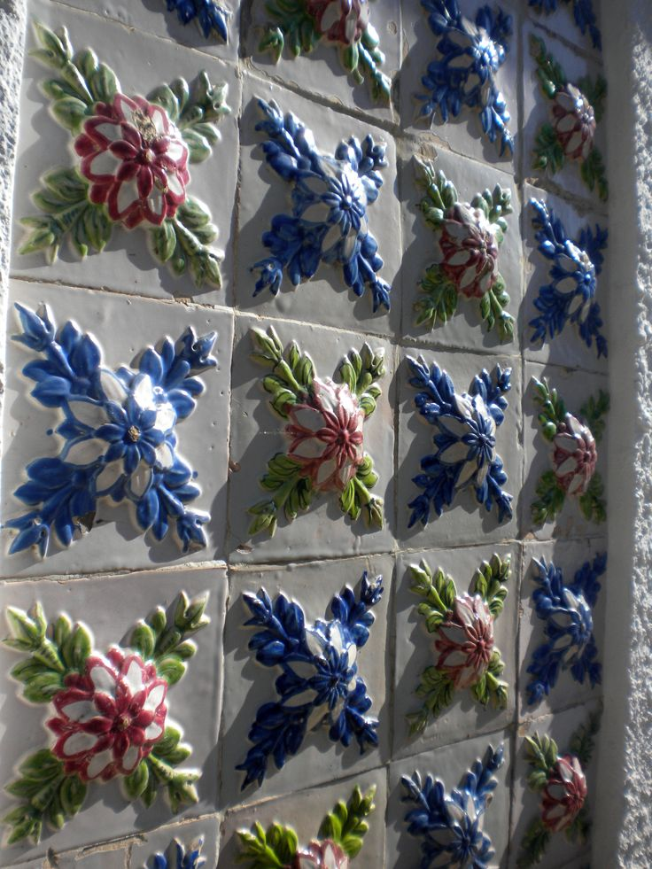 Aveiro Azulejos-TILES-PORTUGAL Handmade tiles can be colour coordinated and customized re. shape, texture, pattern, etc. by ceramic design studios