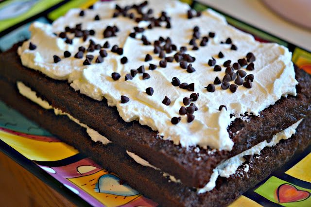 CHOCOLATE LASAGNA....THIS IS OUT OF CONTROL, CRAZY DELICIOUS!!!