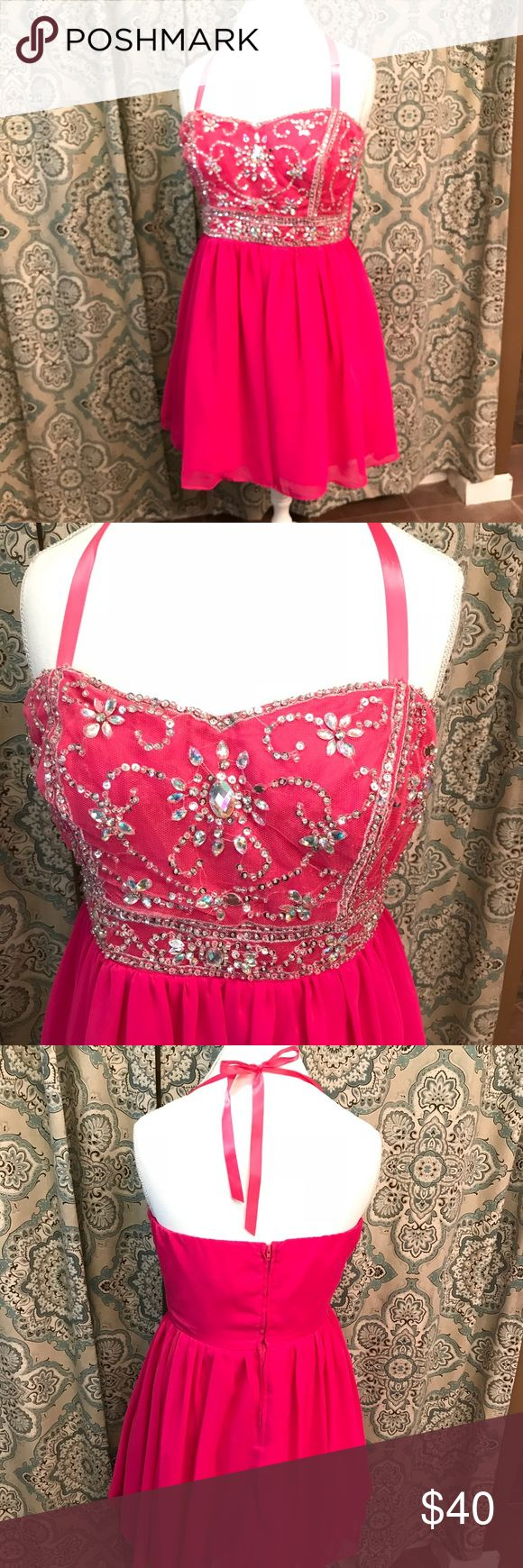 Prom dress Short prom dress in bright pink color. Sequined top. Straps added for teen. Can easily be removed. B Smart Dresses Prom